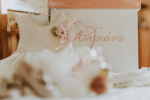 baptism-decorative-ideas-pale-pink-romantic-details_03