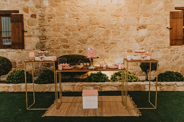 baptism-decorative-ideas-pale-pink-romantic-details_12