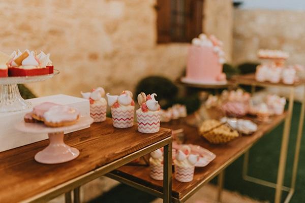baptism-decorative-ideas-pale-pink-romantic-details_13