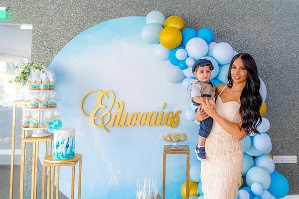 beautiful-summer-boy-baptism-larnaca-balloons-blue-gold-color_01