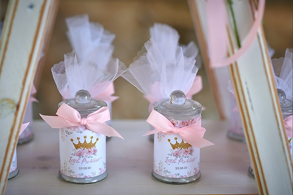 girl-baptism-ideas-flowers-dusty-pink-hues_12