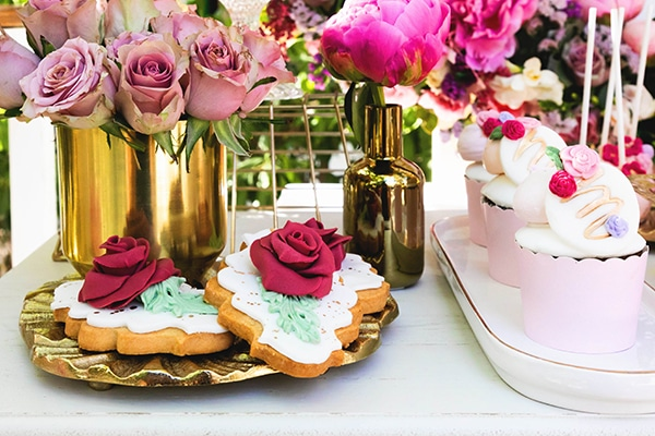 girly-baptism-ideas-pink-florals_09x