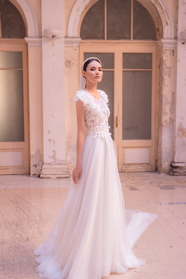 glamorous-weddins-maison-renata-marmara-romantic-bridal-look_14