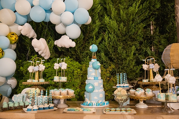 beautiful-boy-baptism-decoration-ideas-theme-air-balloon_01x