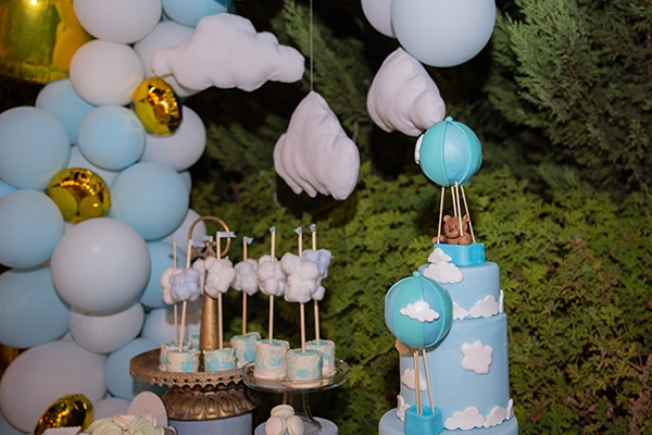 beautiful-boy-baptism-decoration-ideas-theme-air-balloon_03