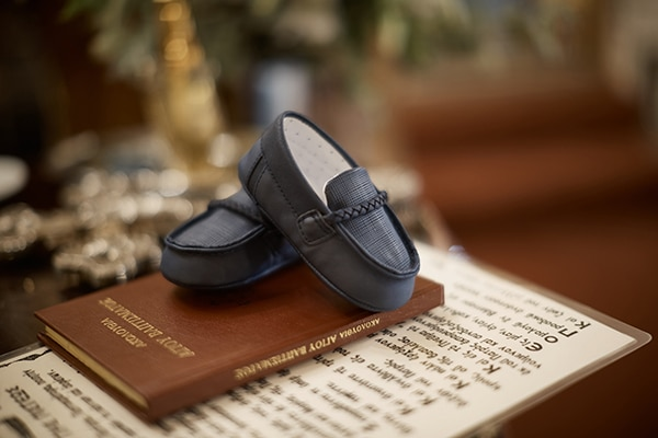 beautiful-fall-boy-baptism-nicosia-navy-blue-white-color_02x