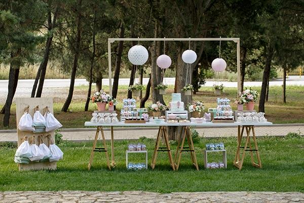 beautiful-inspiring-ideas-girl-baptism-theme-air-baloon_03