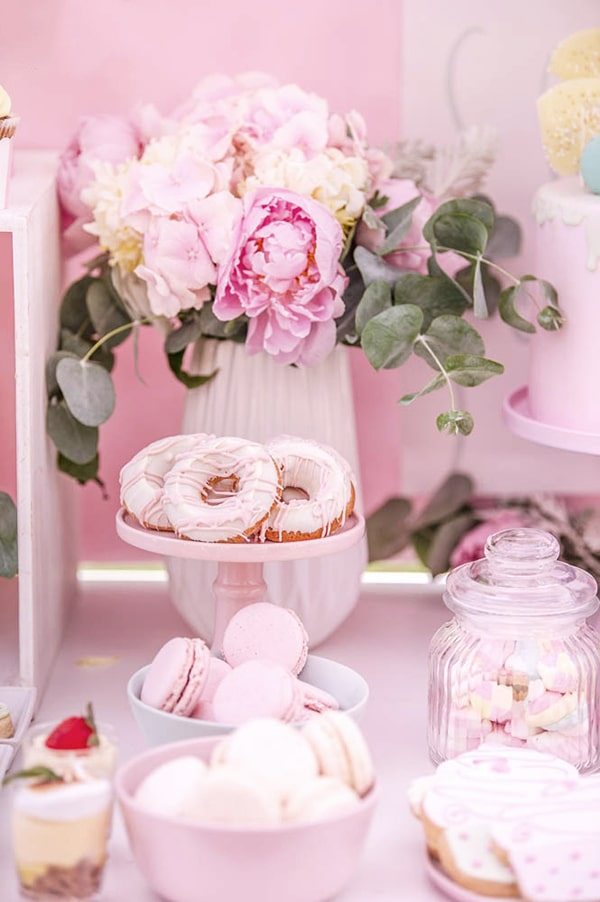 beautiful-sweet-girl-baptism-ideas-theme-french-patisserie_02x