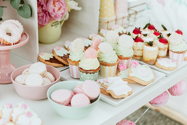 beautiful-sweet-girl-baptism-ideas-theme-french-patisserie_03