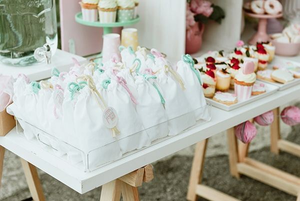 beautiful-sweet-girl-baptism-ideas-theme-french-patisserie_12x