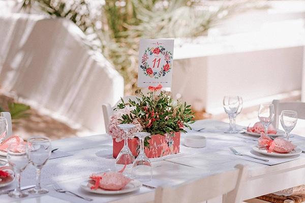 girly-baptism-decoration-ideas-pink-hydrangeas_02