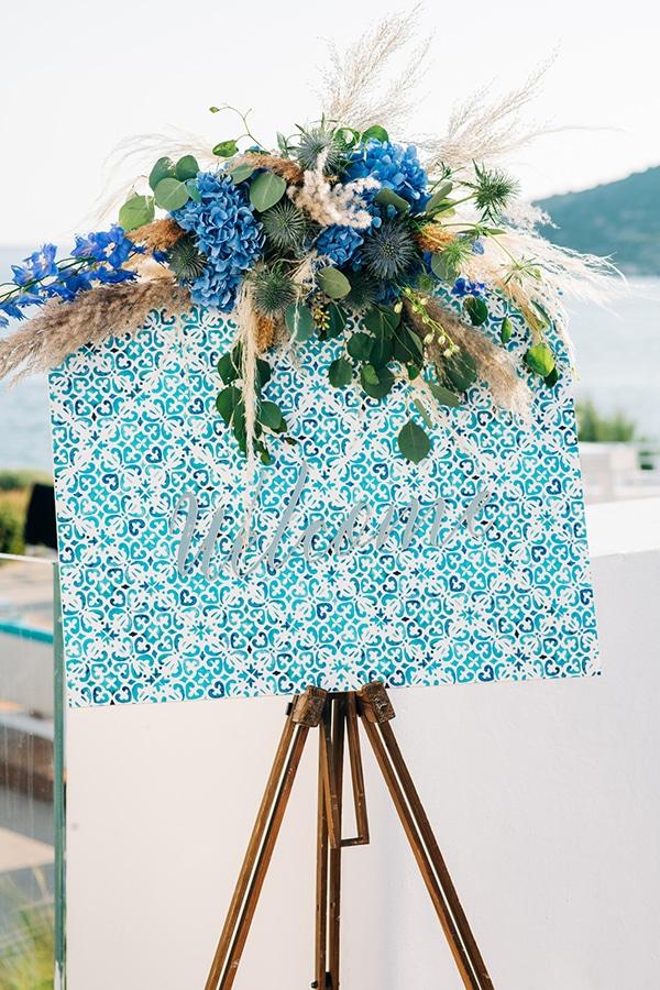 impressive-boy-baptism-ideas-decoration-chinoiserie-patterns-pampas-grass_01x