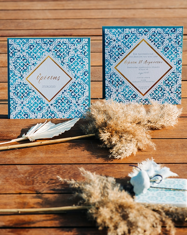 impressive-boy-baptism-ideas-decoration-chinoiserie-patterns-pampas-grass_03x