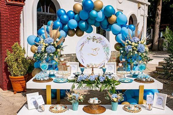 impressive-boy-decoration-ideas-blue-balloons-hydrangeas_02