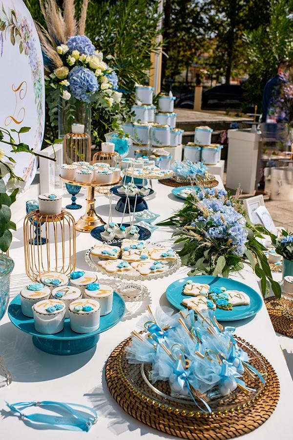 impressive-boy-decoration-ideas-blue-balloons-hydrangeas_02x