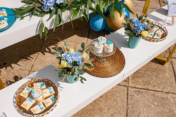 impressive-boy-decoration-ideas-blue-balloons-hydrangeas_07