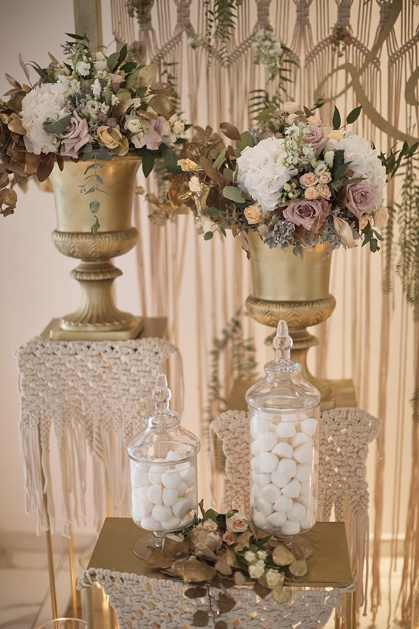 romantic-fall-girl-baptism-nicosia-gold-details-macrame_10x