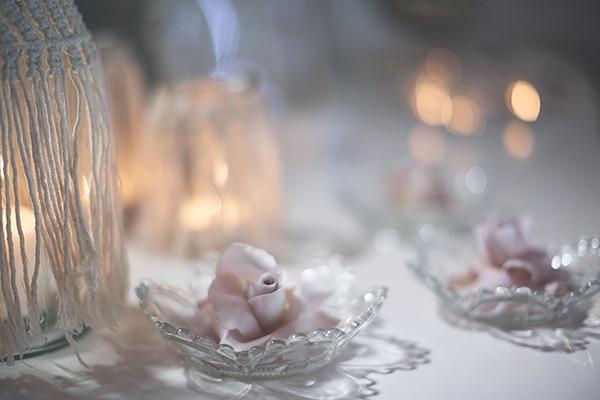 romantic-fall-girl-baptism-nicosia-gold-details-macrame_16