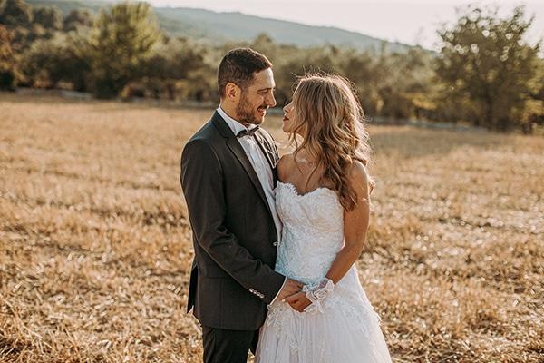 romantic-summer-wedding-larisa-beautiful-floral-arrangements_01