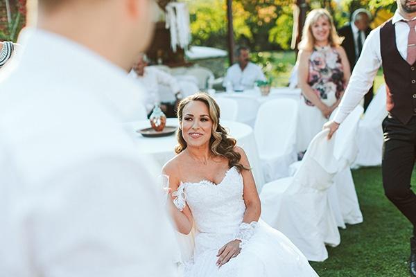 romantic-summer-wedding-larisa-beautiful-floral-arrangements_06