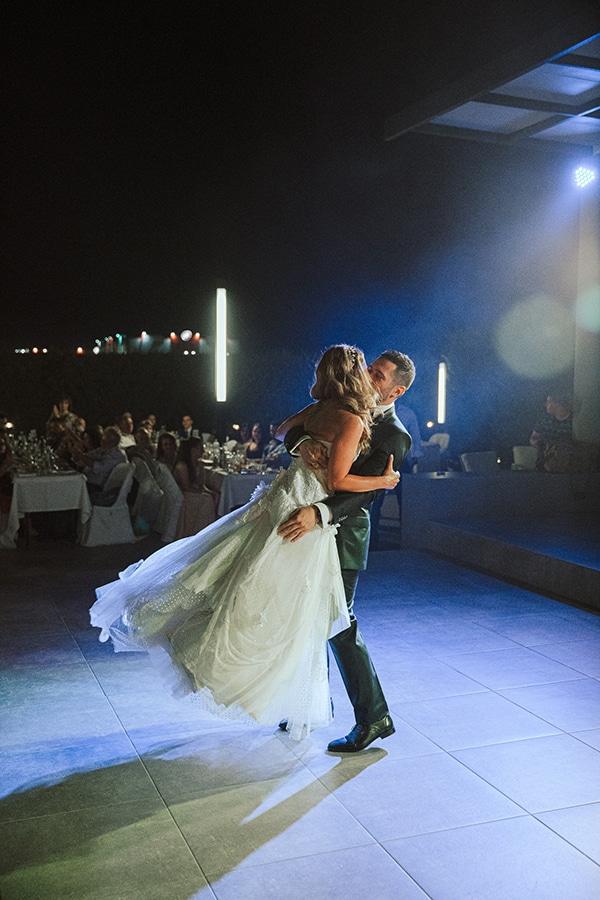 romantic-summer-wedding-larisa-beautiful-floral-arrangements_22