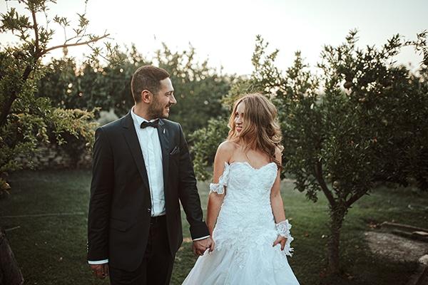 romantic-summer-wedding-larisa-beautiful-floral-arrangements_25
