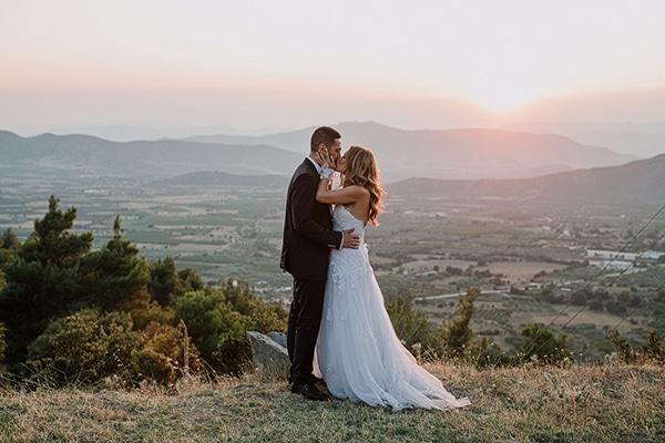 romantic-summer-wedding-larisa-beautiful-floral-arrangements_28