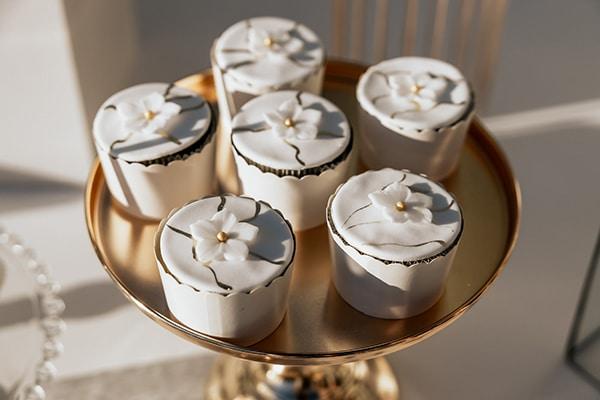 summer-wedding-serres-white-orchids-gold-details_12