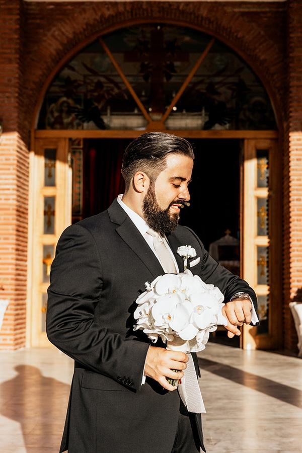 summer-wedding-serres-white-orchids-gold-details_14x