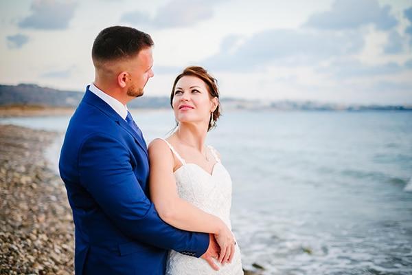 fall-wedding-paphos-white-green-hues_01x