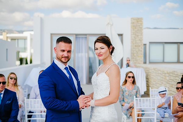 fall-wedding-paphos-white-green-hues_17