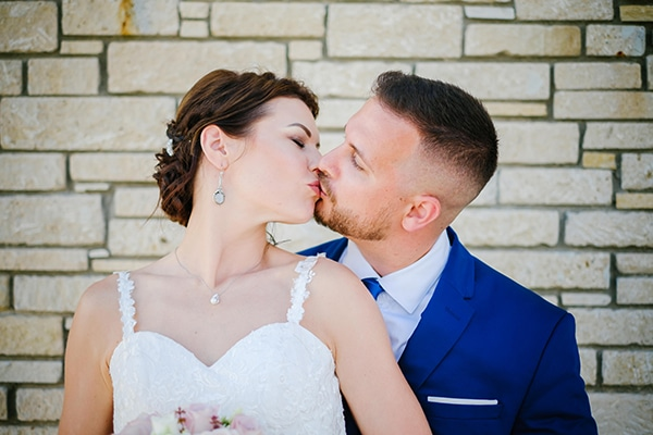 fall-wedding-paphos-white-green-hues_23x