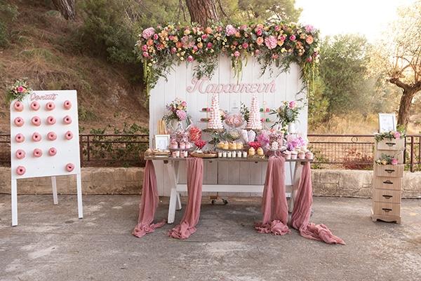 floral-decoration-ideas-fairytale-baptism_01