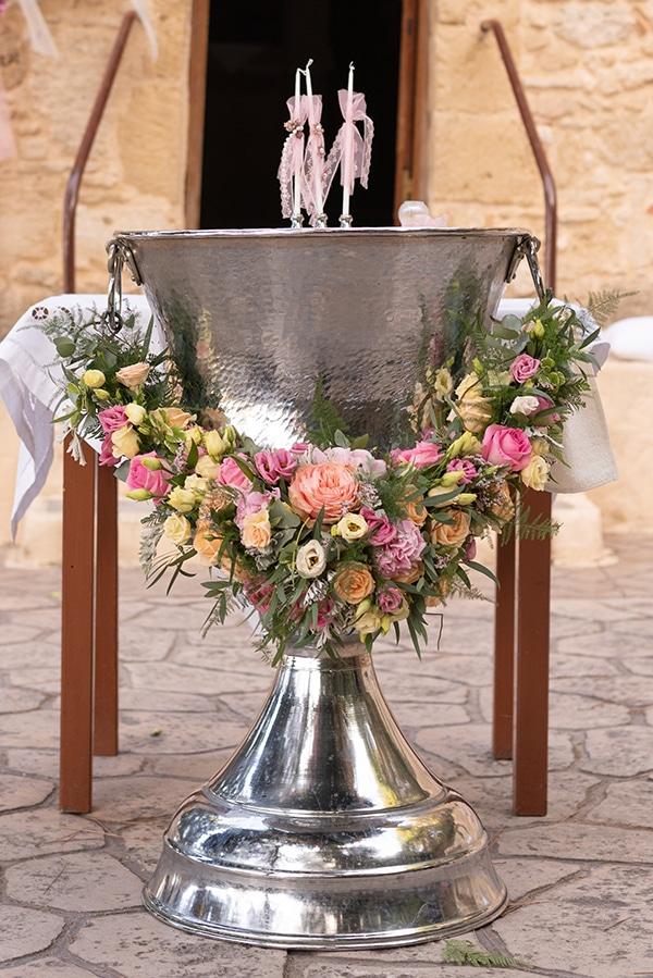 floral-decoration-ideas-fairytale-baptism_05x