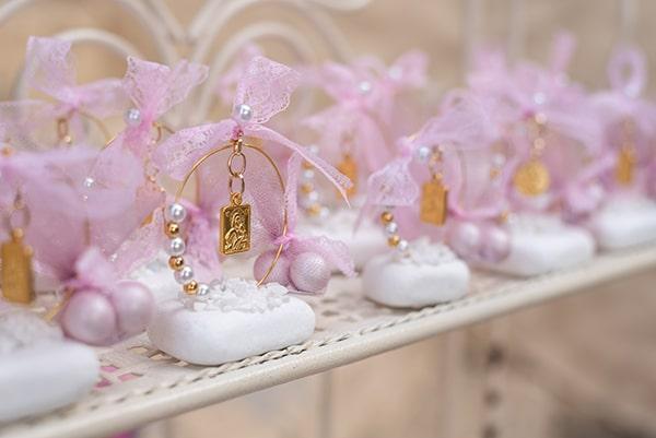 floral-decoration-ideas-fairytale-baptism_09