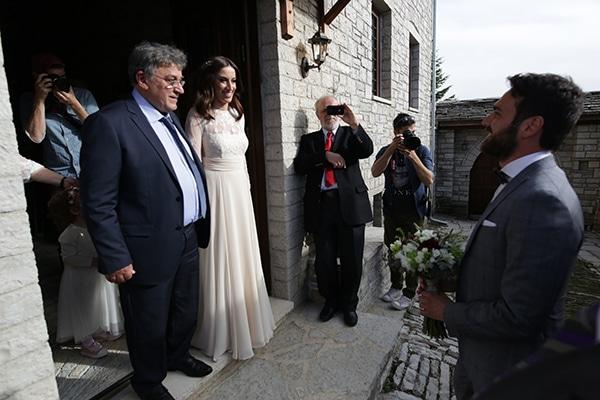 traditional-spring-wedding-village-vintage-rustic-details_16