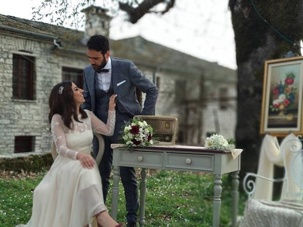 traditional-spring-wedding-village-vintage-rustic-details_19