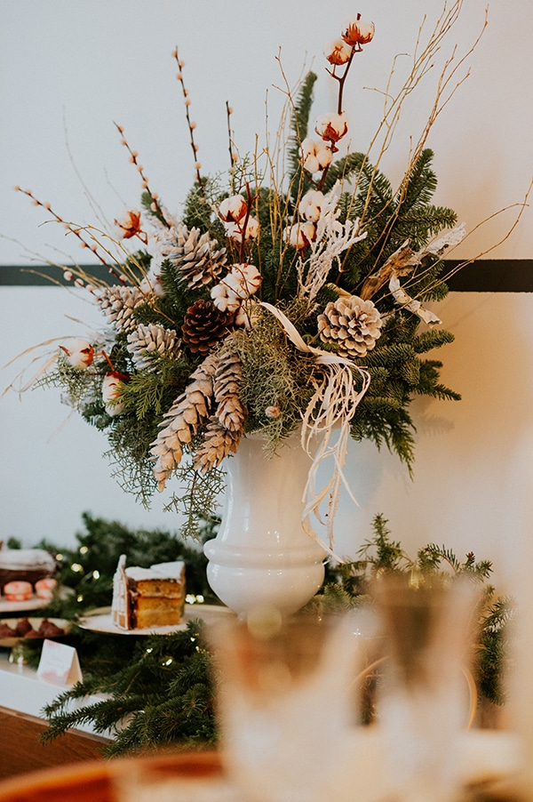 dreamy-christmas-decoration-ideas-overflow-romance_06x