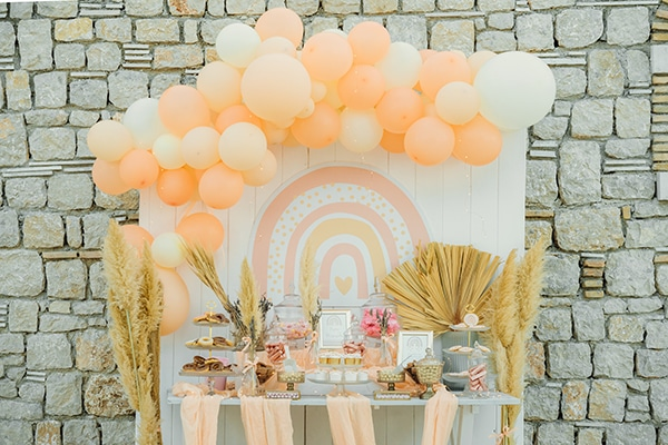 stunning-balloon-girl-baptism-beautiful-peach-hues_01
