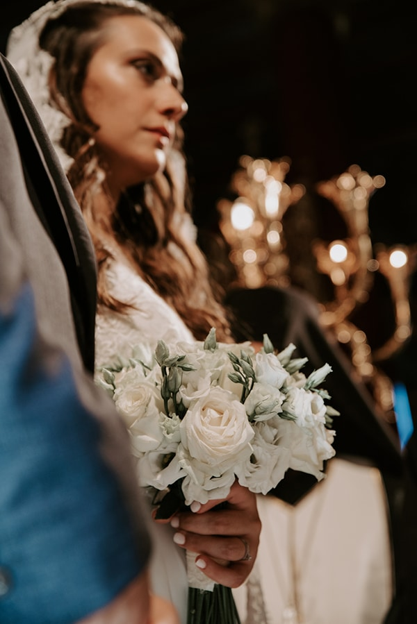 summer-traditional-wedding-lysianthus-roses-decoration_15
