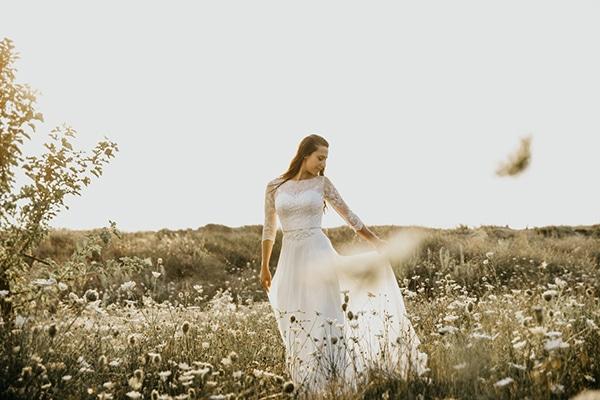 summer-traditional-wedding-lysianthus-roses-decoration_22