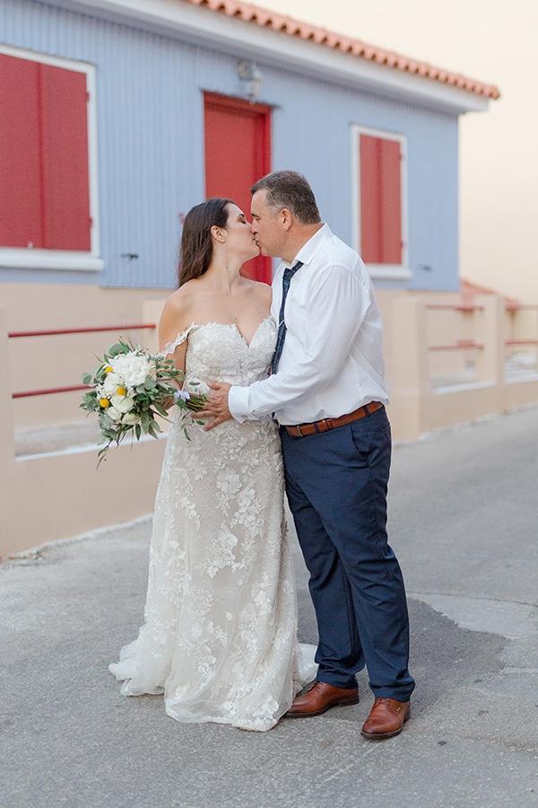 elegant-summer-wedding-kefalonia-white-gold-colors_01x