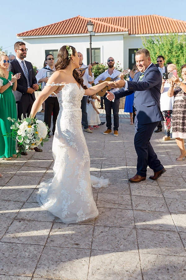 elegant-summer-wedding-kefalonia-white-gold-colors_03