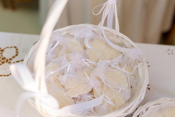 elegant-summer-wedding-kefalonia-white-gold-colors_05x