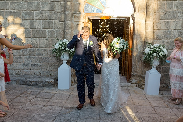 elegant-summer-wedding-kefalonia-white-gold-colors_11
