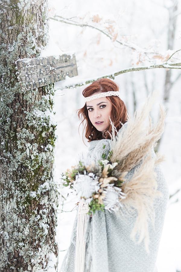 winter-wedding-chalkidiki-incredible-boho-setting-white-hues_02