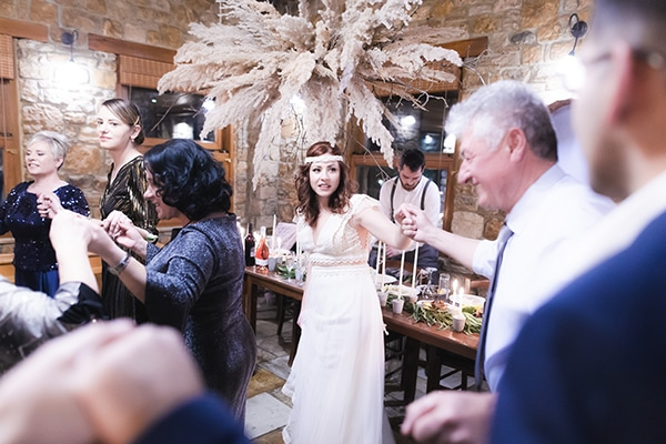 winter-wedding-chalkidiki-incredible-boho-setting-white-hues_18