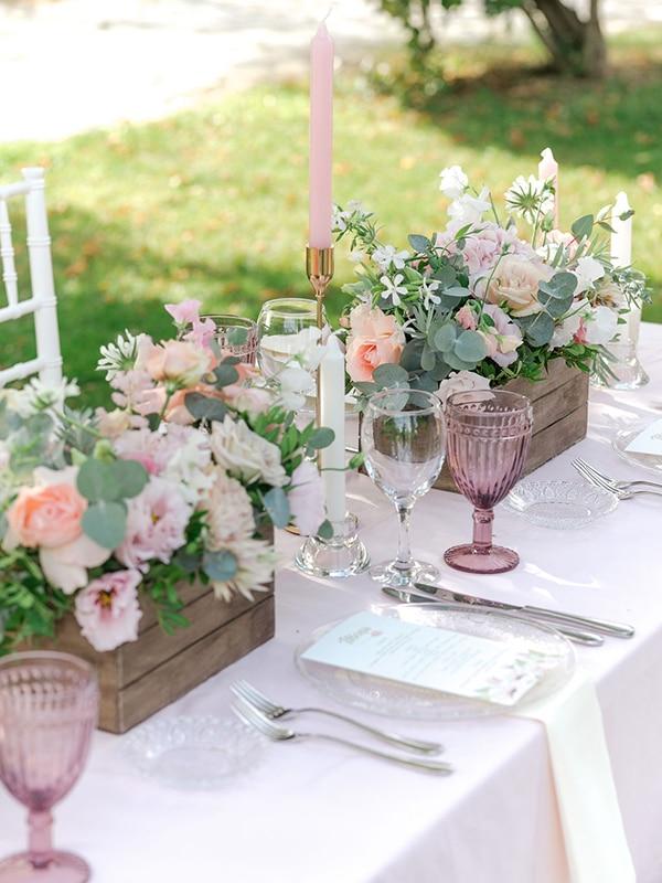 floral-girl-baptism-decoration-ideas-romantic-details-pastel-hues_02x
