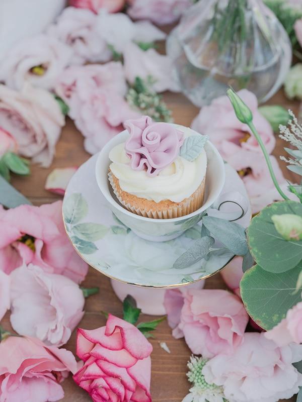 floral-girl-baptism-decoration-ideas-romantic-details-pastel-hues_10x