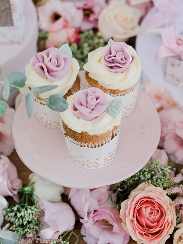 floral-girl-baptism-decoration-ideas-romantic-details-pastel-hues_18